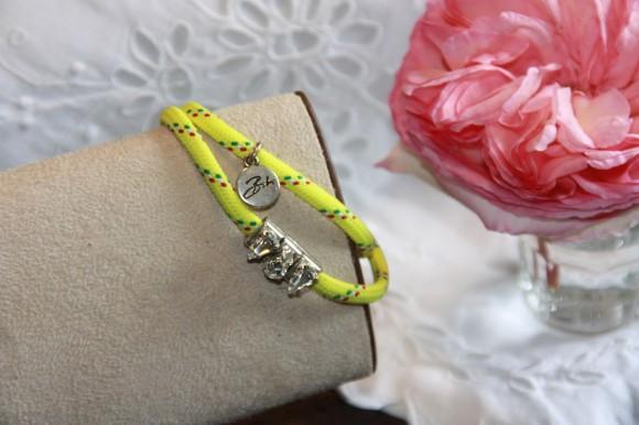 Bracelet jaune fluo